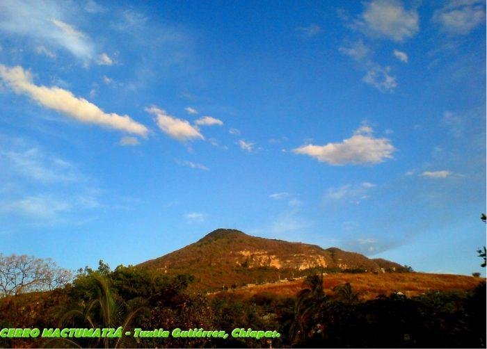 DOMINGO DE LEYENDA: LA CUEVA ENCANTADA DE MACTUMATZÁ   ( Chiapas )