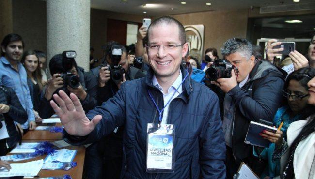 Ricardo Anaya dicta clase en la Facultad de Ciencias Políticas de la UNAM