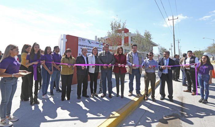 Entrega Gobernador de Nuevo León  nuevo Cecyte en Escobedo