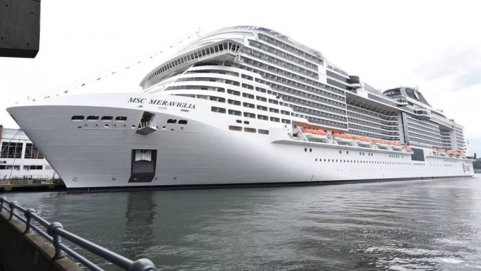 México permite atracar a un crucero rechazado de varios puertos por temor al coronavirus