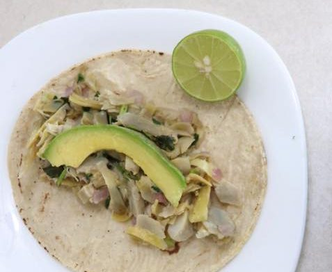 Receta Vegana: Tacos de deshebrada de alcachofa.