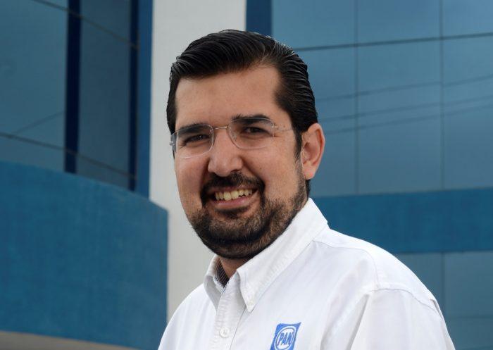 Del PAN a la Magistratura, Bernardo González