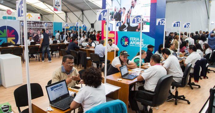 Dura 'cuesta' para el desempleo en México: se dispara 41% retiro de dinero de las Afores