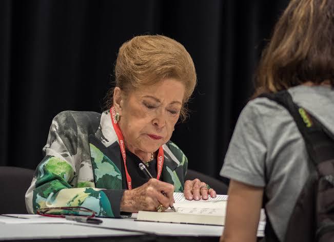 La escritora Mary Higgins Clark muere a los 92 años