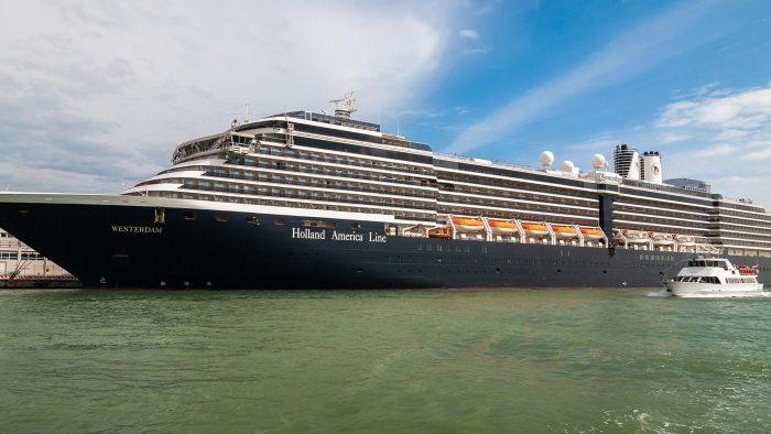 Llegará a Puerto Vallarta el Westerdam, crucero con 680 tripulantes