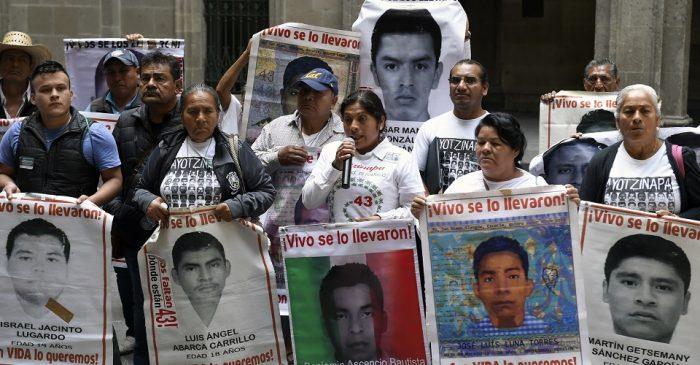 Inician proceso contra Ezequiel Peña Cerda y dos funcionarios más por tortura en caso Ayotzinapa