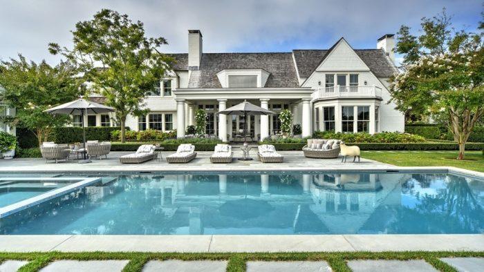 """Confinamiento de lujo en los Hamptons: """"Tengo 200.000 dólares. Y quiero dormir allí esta noche"""""""