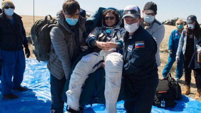 Astronautas regresan a la Tierra en plena pandemia
