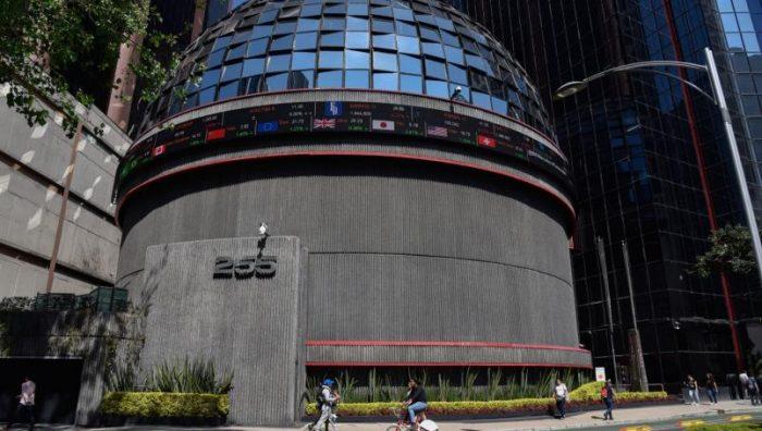 Cuestionan Goldman Sachs y Bank of America apoyo de AMLO a empresas por Covid-19