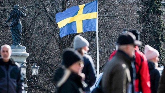 """Suecia apostó por la """"inmunidad del rebaño"""" y paga con miles de muertes por Covid-19"""