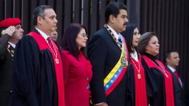 El Supremo da un nuevo golpe al Parlamento y designa la autoridad electoral en Venezuela