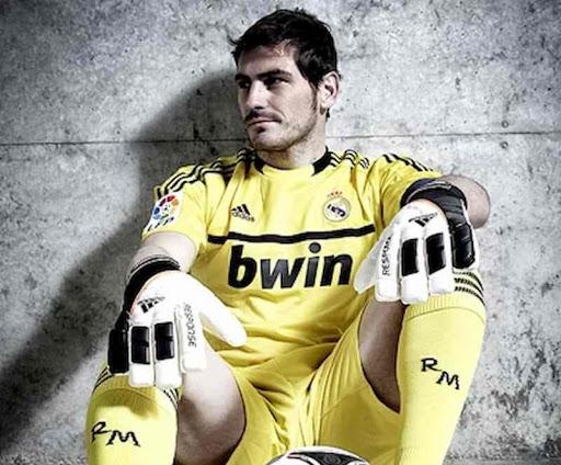 Anuncia el legendario Iker Casillas su retiro del fútbol