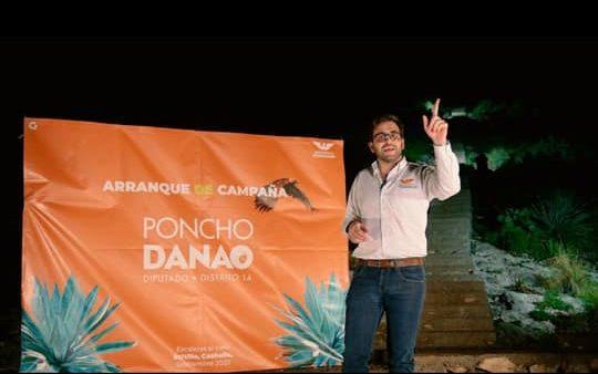 PONCHO DANAO ARRANCA CAMPAÑA EN LAS ESCALERAS AL CIELO.