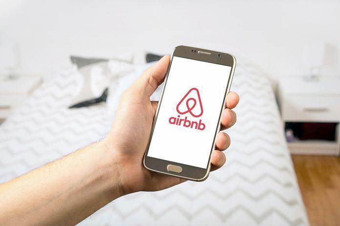 Facebook, Spotify, Airbnb y más plataformas se dan de alta ante el SAT