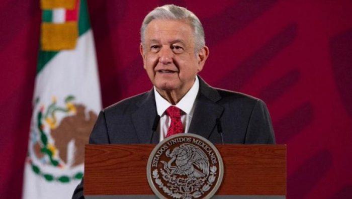 Anuncian construcción del Tren México-Querétaro y modernización de Puerto Progreso