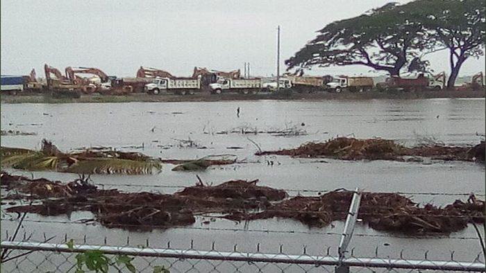 Reportan inundación en zona de obras de refinería de Dos Bocas