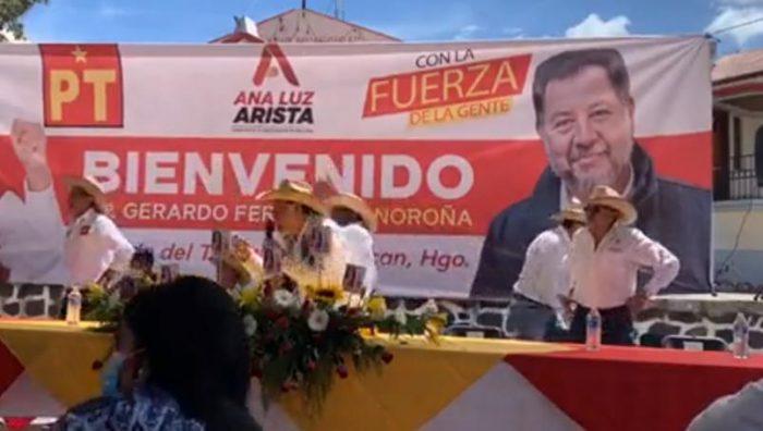 Le lanzan huevos a Noroña otra vez en Hidalgo