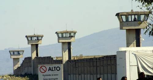 Cierran Puente Grande, penal en Jalisco