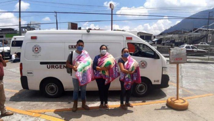 Dan en adopción a trillizas en Veracruz