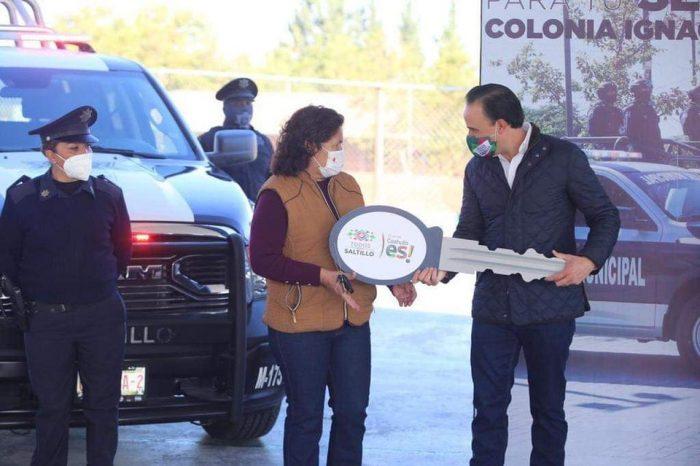 Alcalde fortalece seguridad con entrega de patrullas en colonias