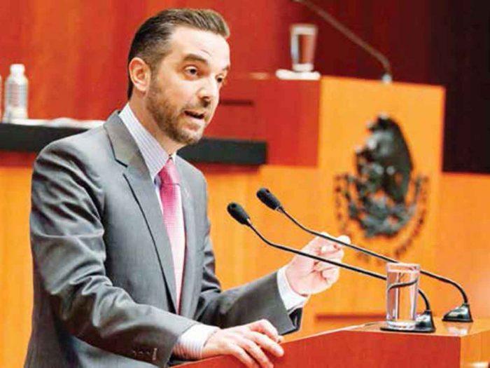 FGR cita a Jorge Luis Lavalle Maury por acusaciones en su contra