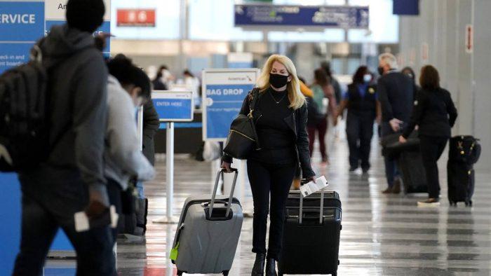 Estados Unidos pedirá una prueba negativa de Covid-19 en ingresos por avión