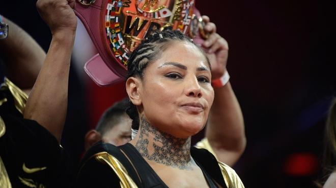 Barby Juárez: He hecho lo doble que el Canelo y no gano lo mismo