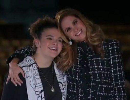 Lucerito Mijares gana su primer premio como cantante