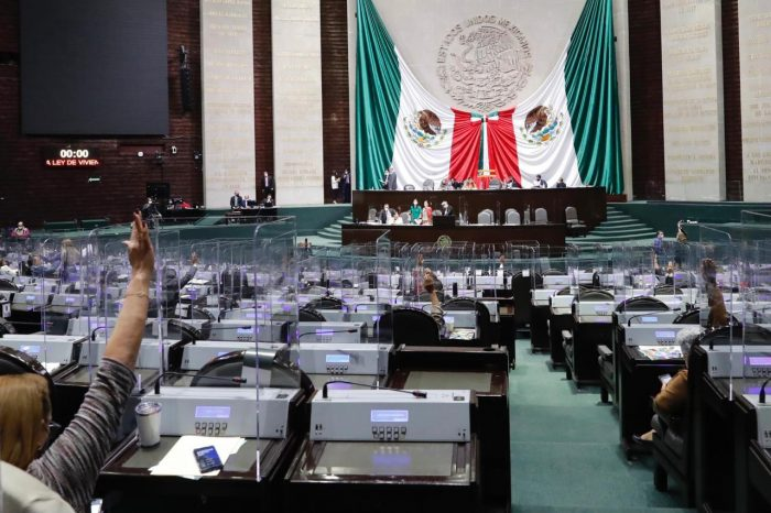 Por primera vez diputados podrán ser reelegidos; 141 diputados lo intentarán