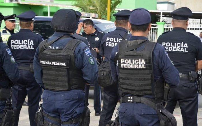 Exintegrante de la Policía Federal se entrega por acusaciones de desvíos