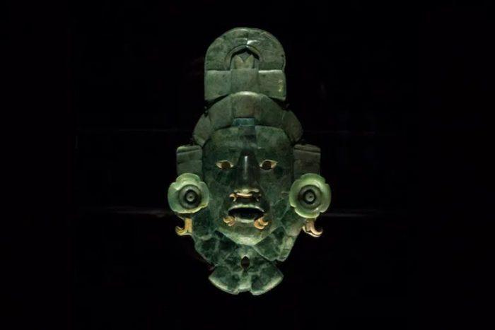 ¿Quién usó la máscara de Calakmul para viajar al inframundo hace 1,200 años?: descubriendo uno de los mayores enigmas del mundo maya