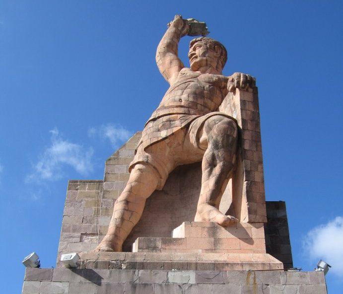 DOMINGO DE LEYENDA: LA LEYENDA DEL PIPILA (Guanajuato)