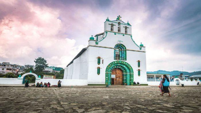 DOMINGO DE LEYENDA-. EL NEGRO Y LA IGLESIA DE CHAMULA