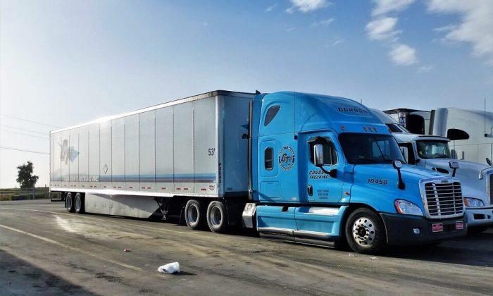 Rescataron a más de 800 migrantes en Tamaulipas; viajaban dentro de contenedores de refrigeración