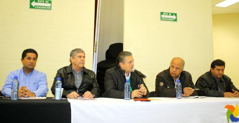 Acuña: Presiden Lenin Pérez Y Emilio Mendoza Kaplan reunión para revisar lineamientos 2015 de SEDESOL.