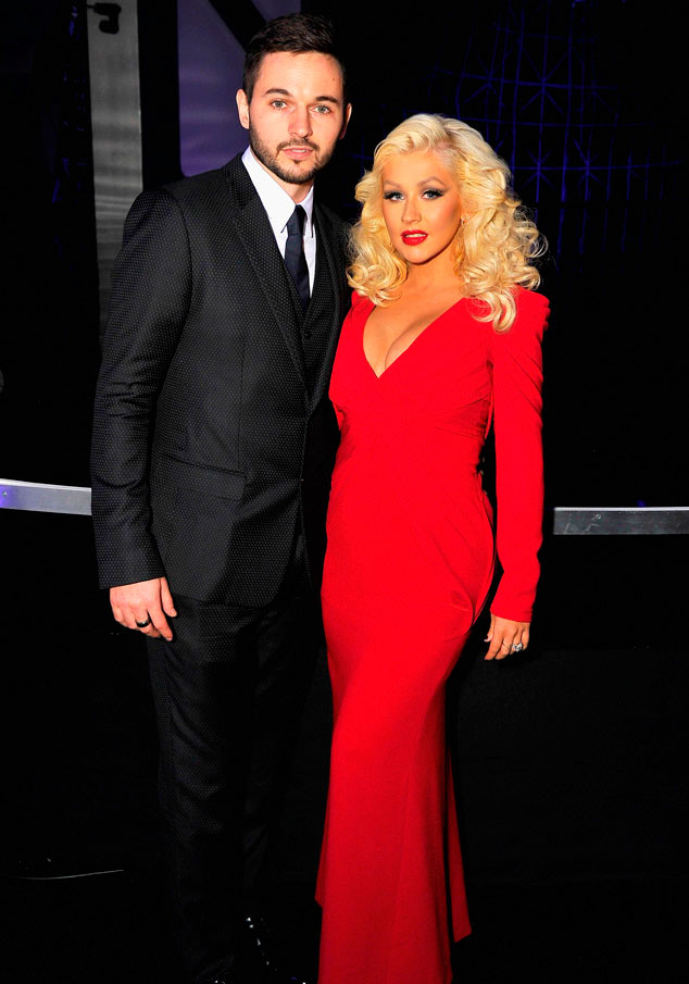 Christina Aguilera muestra por primera vez a su hija