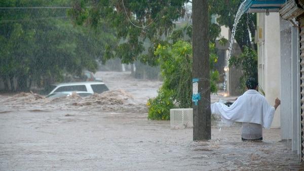 Sinaloa solicita declaratoria de emergencia ante lluvias; hay al menos 3 muertos