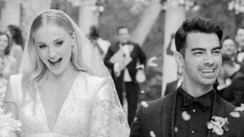 El misterioso vestido de la boda de Sophie Turner con Joe Jonas que desesperó a usuarios en redes