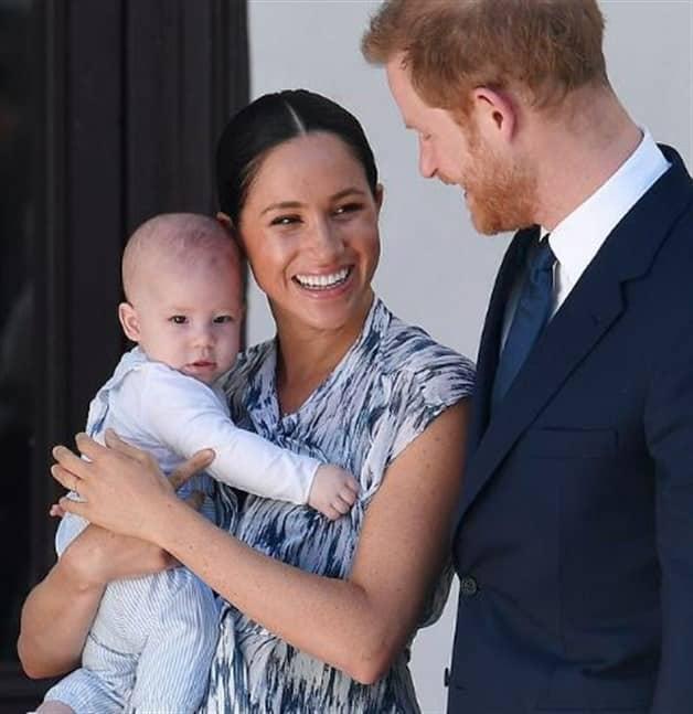 ¡Sí, Archie se parece a su papá! Meghan Markle y el príncipe Harry por fin presentan a su bebé