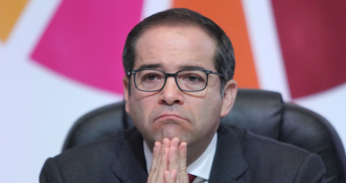 Por crisis, Colima despedirá 600 burócratas