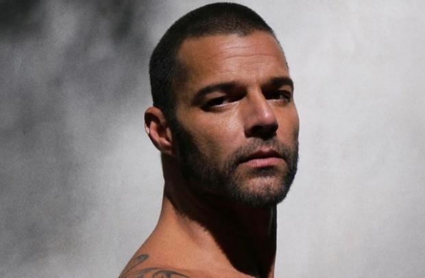 Ricky Martin teme por su vida, asegura corre peligro en Estados Unidos