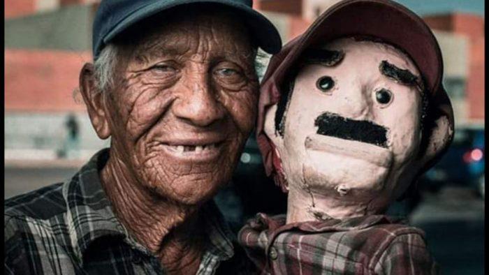 Fallece Don José famoso titiritero de Saltillo