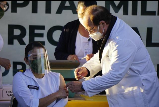 RECIBEN PRIMERAS VACUNAS PERSONAL MÉDICO DE TODAS LAS REGIONES DE COAHUILA