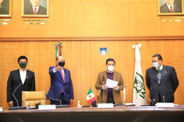 Javier Guerrero al frente de delegaciones del IMSS en Estados