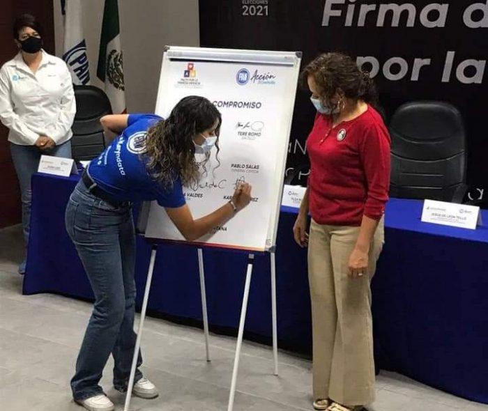INICIA KARY RAMÍREZ SU DÍA DE CAMPAÑA DESDE EL CORAZÓN DE SALTILLO.