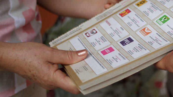 ¿Le puedo tomar foto a mi boleta electoral o es un delito?