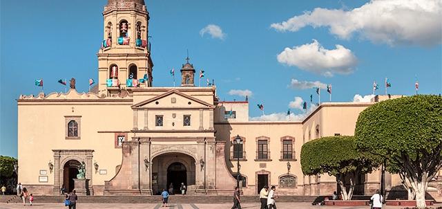 La leyenda del árbol de la cruz de Querétaro
