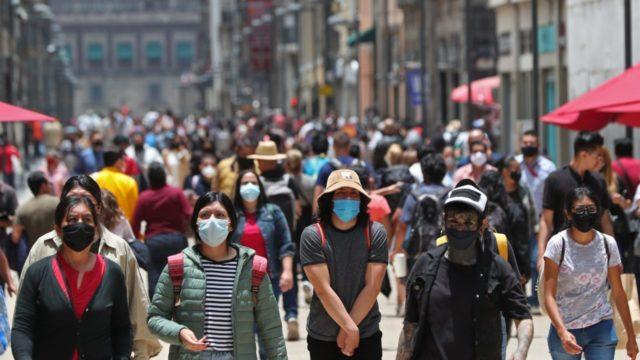 Ciudad de México regresa a semáforo naranja la próxima semana por tercera ola de COVID-19