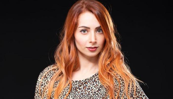 Ainara entrega videos como prueba contra la influencer y los demás imputados