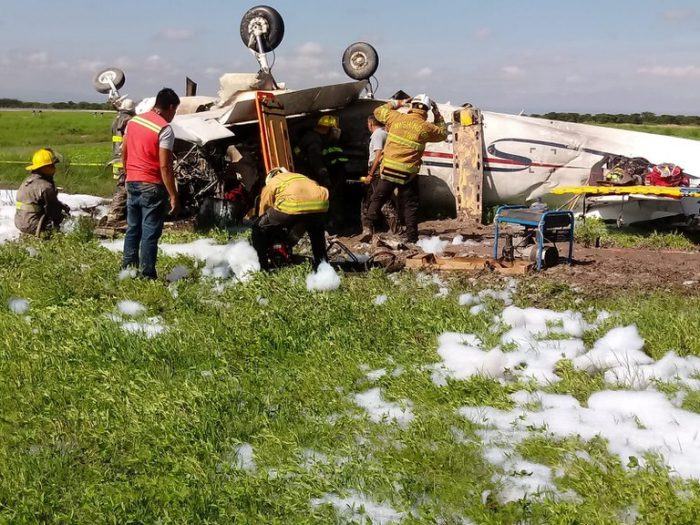 Se desplomó una avioneta en Durango: se reporta una persona muerta